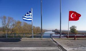 Edirne'de sınırda yakalanan 3 FETÖ şüphelisi gözaltına alındı