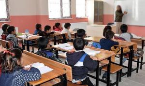 Eğitimcilere 'türban' cezası: Yönetmeliği uyguladılar, açığa alındılar