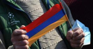 Ermenistan muhalefeti, Paşinyan'ın da bulunacağı toplantıya katılmayı kabul etti
