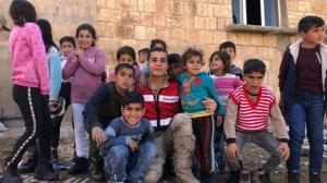 Mehmetçik çocukların yüzünü güldürdü: Bunun tarifi yok