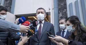Milli Eğitim Bakanı Selçuk: 'Öğretmenlerimizin Yüzde 10'unu Aşıladık, Okulları Aşı Şartına Bağlamamak Gerek'