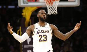 NBA'de Lakers, LeBron James'in etkili oyunuyla kazandı