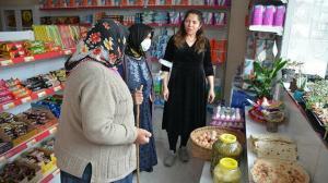 Resim öğretmeniydi pandemide ticarete atıldı: Şimdi yöresel ürünler dükkanı var
