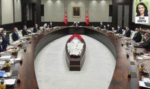 Seçime 'güçlü AKP yönetimi ve kabine' ile girme kararı beklentiyi yükseltti
