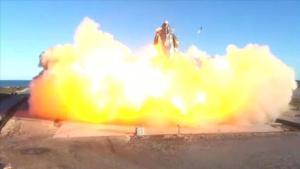 SpaceX'te büyük şok! Deneme uçuşu sonrası yerde infilak etti