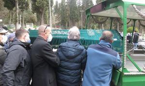 Türk basınının duayen ismi Seçkin Türesay son yolculuğuna uğurlandı