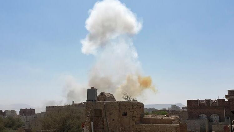 Yemen'deki göçmen kampında yangın: 8 meyyit, 170 yaralı