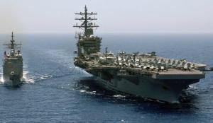 Yunanistan'da ABD'nin uçak gemisi protesto edildi