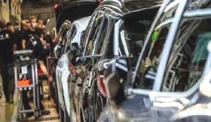 Otomobil sektörüne 25 dolar değerindeki çip darbesi
