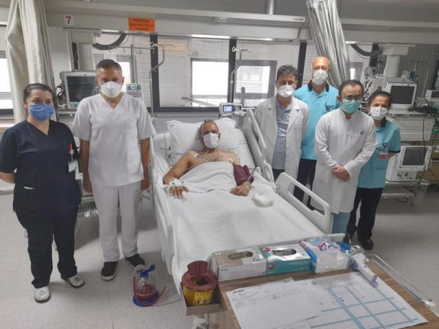 Bağdat'tan gelen hastanın yemek borusundaki tümör, Trabzon'da yapılan ameliyatla alındı