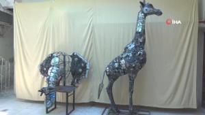 Belçika'dan sipariş aldı… Atık hurdaları sanat eserine dönüştürüyor