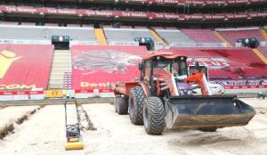 Belhanda'nın kovulmasına neden olan Türk Telekom Stadyumu'nun zemini tamamen söküldü