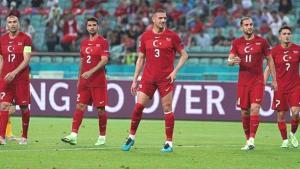 'Bizim Çocuklar' sloganıyla EURO 2020'ye gönderdiğimiz Milli Takım'a 'Bizim Ruhsuzlar' benzetmesi