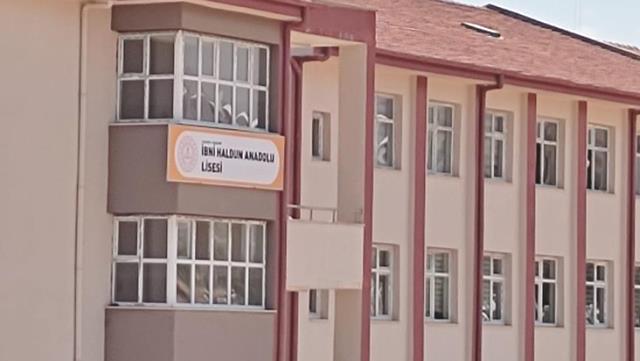 Değişen okul ismi yüzünden öğrenciler sınava giremedi