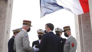 Fransa'da muhtırayı imzalayan 6 emekli general mahkemeye çıkacak
