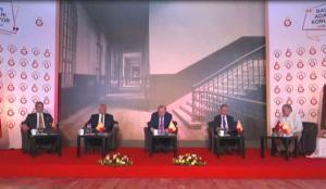 Galatasaray'da 4 başkan adayı canlı yayında bir araya geldi