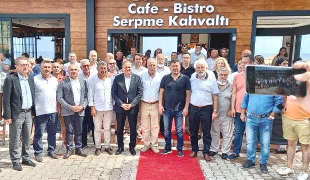 Halk TV'nin sahibi Mahiroğlu'nun Assos'taki kaçak işyeri açılışına CHP tam kadro katıldı!