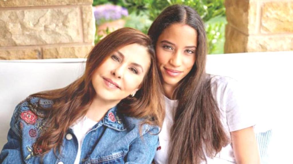 Nilüfer'in kızı Ayşe Nazlı büyüdü! Son halini görenler şaşkınlıklarını gizleyemedi