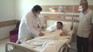 Parçalanan el, Şanlıurfa'da ameliyatla dikildi