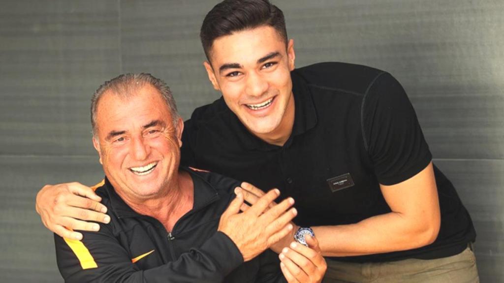 Schalke'nin satış listesine koyduğu Ozan Kabak'ın Fatih Terim'le buluşması heyecan yarattı