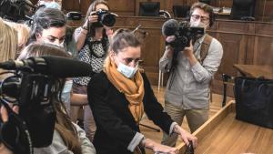 Tarihi davada emsal karar! Yıllarca tecavüzüne uğradığı kocasını öldüren Valerie Bacot serbest kaldı