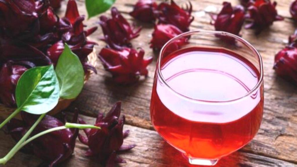 Yüksek tansiyonu düşürmek için 7 doğal içecek