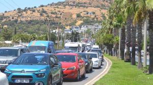 Bodrum'a 1 haftada 140 bin araç girişi