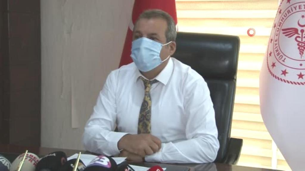 """Elazığ İl Sağlık Müdürü Polat: """"Pandemi yoğun bakım doluluk oranları yüzde 54 civarlarında, panikleyecek ve korkulacak bir durumumuz yok"""""""
