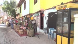 İskilip ilçesindeki nostaljik sokak ziyaretçilerine tarihte yolculuk yaptırıyor