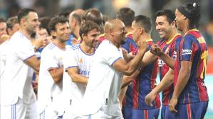 Kimler forma giymedi ki! Efsanelerin El Clasico'sunda kazanan Real Madrid oldu
