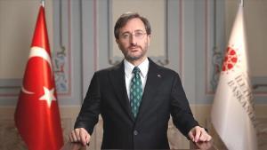 Medyada 'Fonlama' Tartışması: Fahrettin Altun'dan Yasal Düzenleme Sinyali Geldi