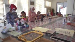 Şanlıurfalı kadınlar boş zamanlarını kurslarda değerlendiriyor