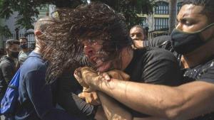 Sosyalist Küba, Hükümet Karşıtı Gösterilerle Çalkalanıyor
