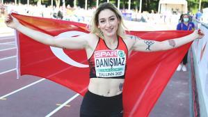 Türk spor tarihine geçen başarı! Milli atlet Tuğba Danışmaz, 23 yaş altında Avrupa şampiyonu oldu