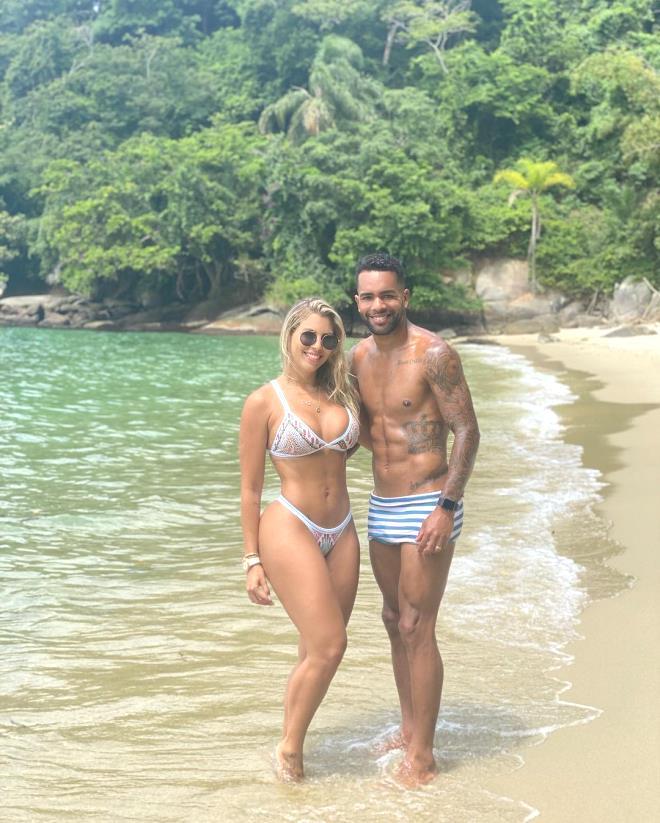 Beşiktaş'ın yeni yengesi Thais Cristina Teixeira, pozlarıyla Instagram'ı kasıp kavuruyor