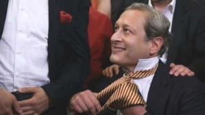 Galatasaray Başkanı Burak Elmas, kulübe 100 milyon dolar verecek sponsoru buldu