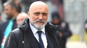 Kayserispor, teknik direktör Hikmet Karaman'la 1 yıllık anlaşmaya vardı