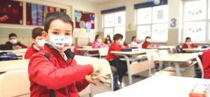 Bilim Kurulu Toplantısı Sonrası Bakan Koca'dan Yüz Yüze Eğitim ve Tedbir Açıklaması