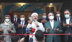 Erbaş, Diyarbakır'da TDV kitabevinin açılışını yaptı