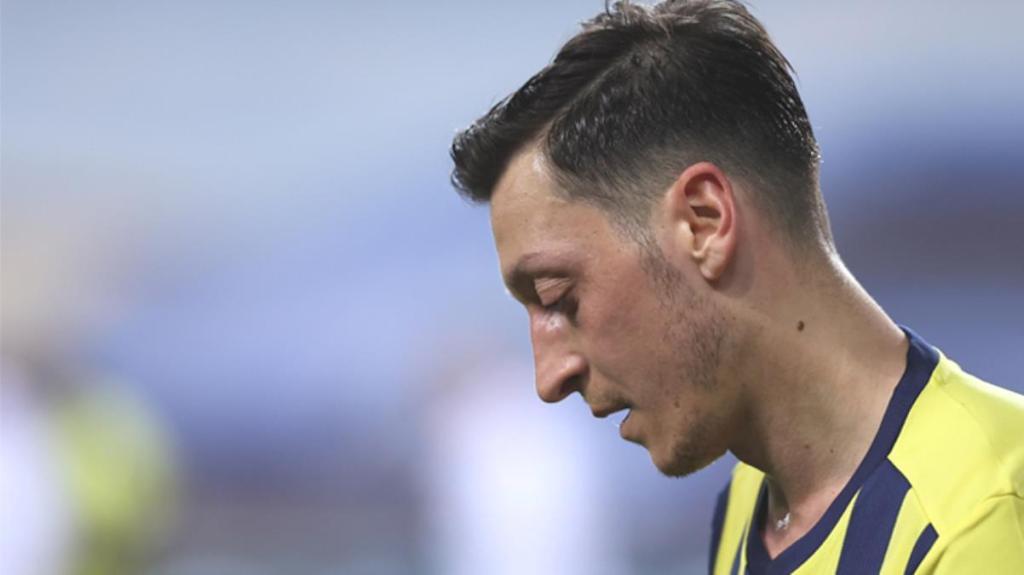 Fenerbahçe'de mutsuz olduğu konuşulan Mesut Özil için MLS takımları devrede