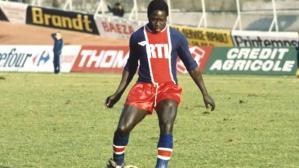 Hatalı anestezi yüzünden 1982'den beri komada yatan Fransız futbolcu Adams, hayatını kaybetti