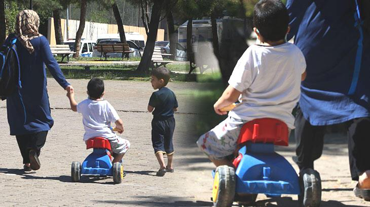 Yürüme engelli Akın'ın 3 tekerlekli bisikletle zorlu eğitim yolculuğu