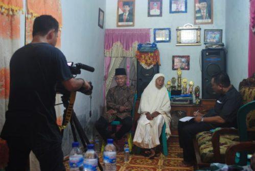 Dua pelantun Rawa Kore yang masih tersisa dan sudah sepuh. Mereka adalah warga Desa Taloko, Hasyim Zakariah dan Siti Fatimah Zakariah.