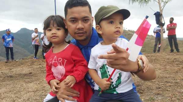 Ryan Kusuma Permadi dan anaknya.