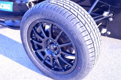 Cooper Tire Zeon RS3-G1