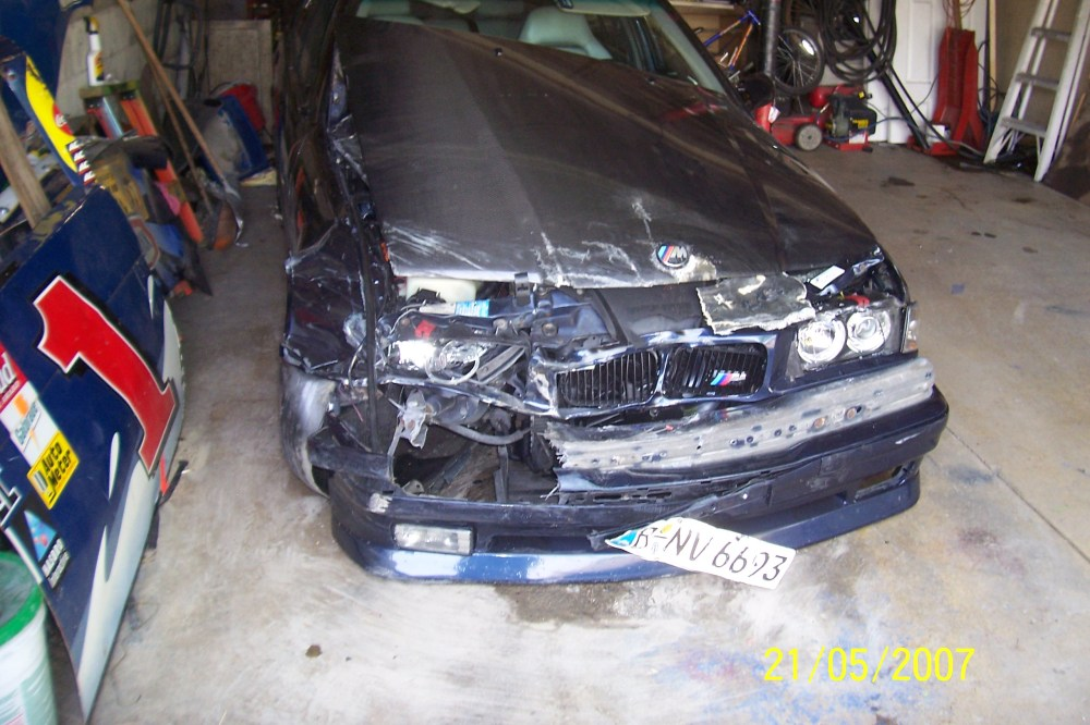 medium resolution of click image for larger version name bmw m3 crash 001 jpg views 21294