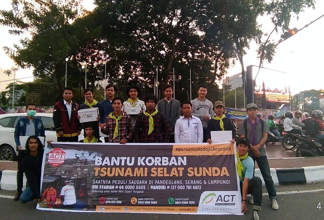 Mahasiswa Bina Darma mengadakan Aksi Penggalangan Dana Musibah Selat Sunda