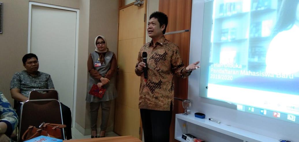 Sosialisasi Pengembangan Laboratorium E-learning