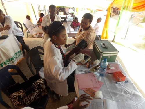 Medical team renders medical services during the orientation of new students