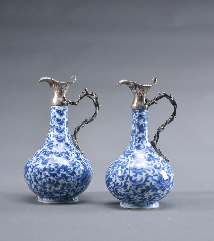A BLUE AND WHITE SILVER-MOUNTED KANGXI PERIOD 1644-1912 EWER